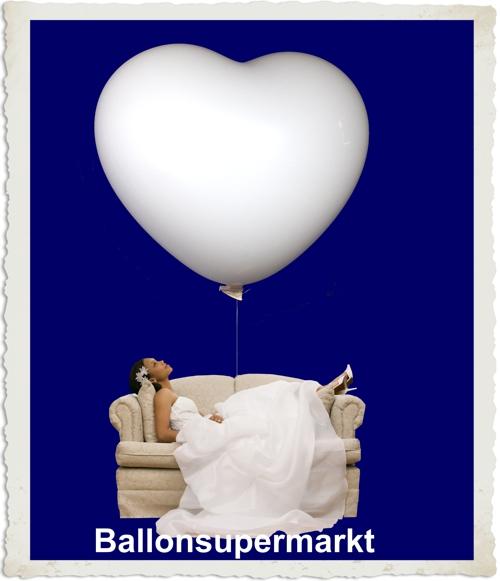 Hochzeitsbräute träumen von großen Herzluftballons